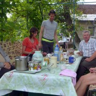 Hospitable artists in Chesniki, Ukraine