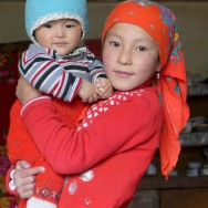 energy-borders_tajikistan_pamirs_children