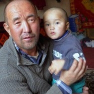 energy-borders_tajikistan_pamirs_children2