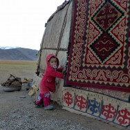 energy-borders_tajikistan_pamirs_children4